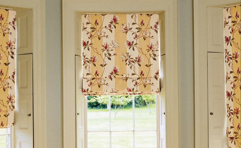 Colefax_and_fowler_roman_blind