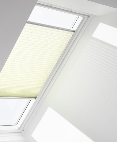 Amity_Velux_Pleated_Blind